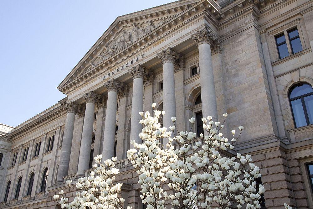 Im Bundesrat wird derzeit der Entwurf eines Gesetzes zur Angleichung des Urheberrechts an die aktuellen Erfordernisse der Wissensgesellschaft (Urheberrechts-Wissensgesellschafts-Gesetz - UrhWissG) diskutiert. (Foto: Bundesrat)
